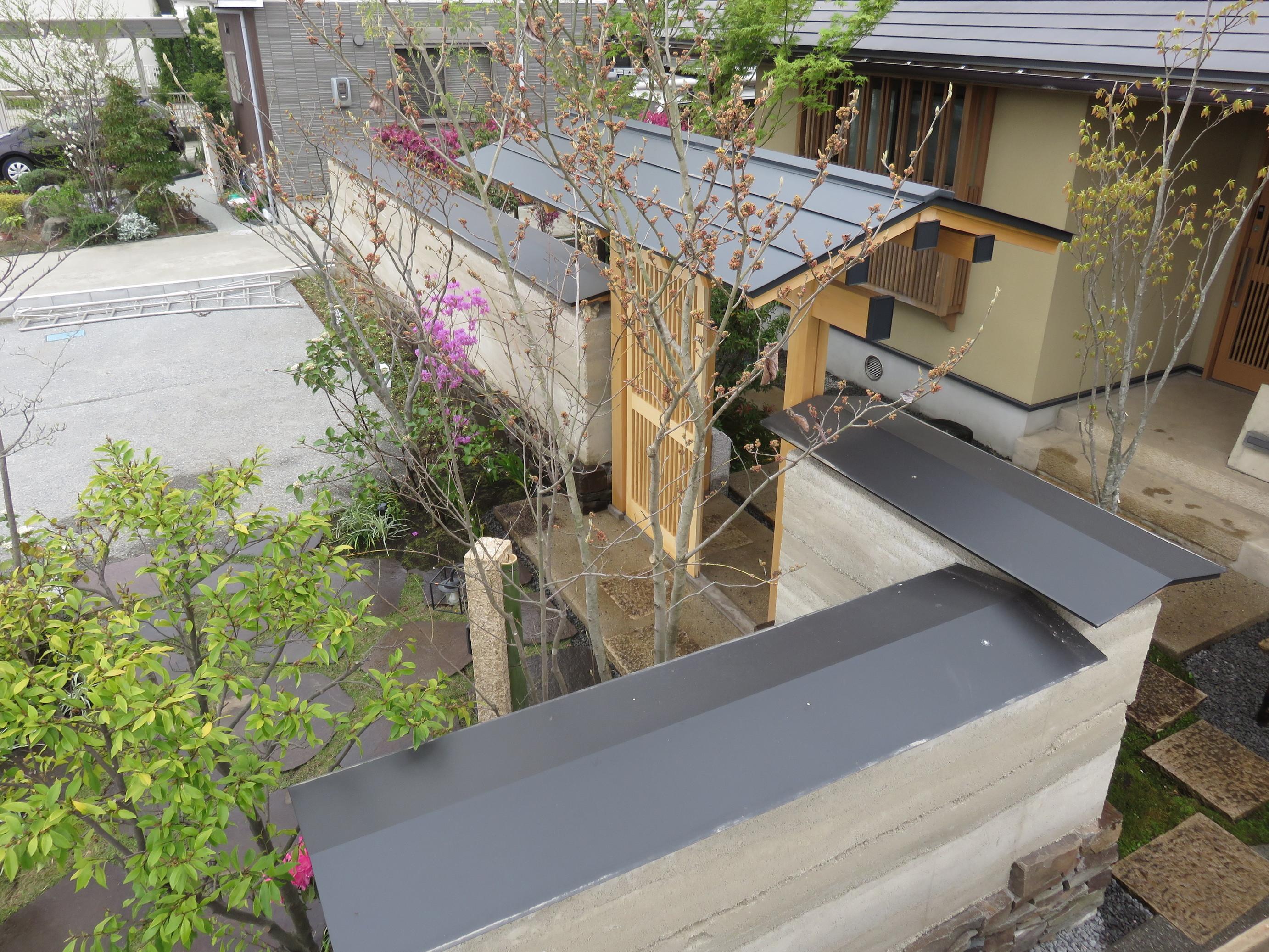 版築土塀のお家