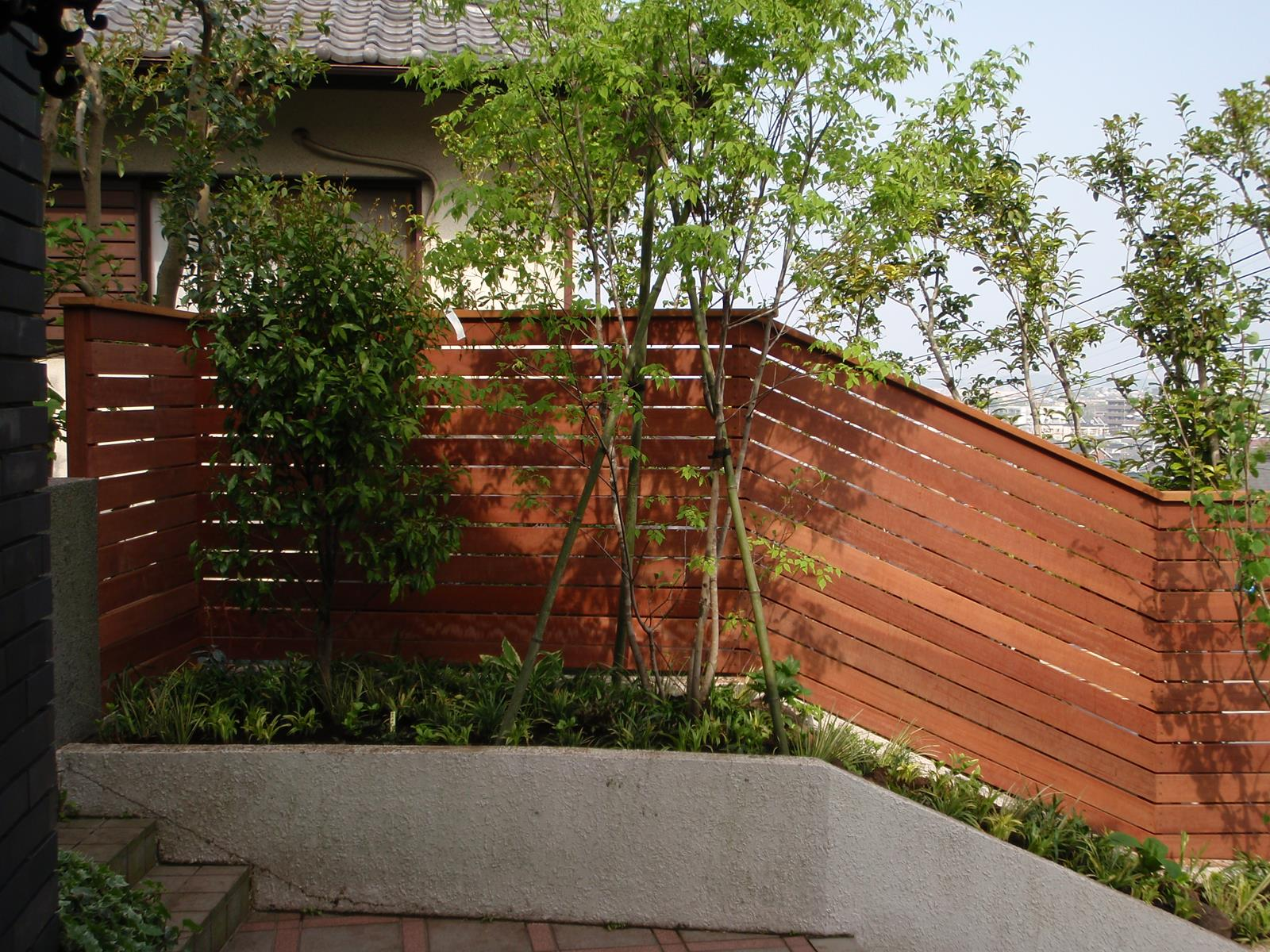 ハードウッド製ウッドフェンス